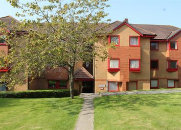 Thumbnail 1 bed flat to rent in Horstead House, Franklynn Road, Haywards Heathwest Sussex