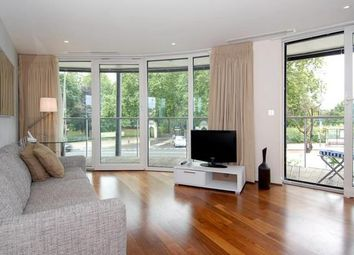 Thumbnail 1 bed flat to rent in 374 Queenstown Road, Battersea
