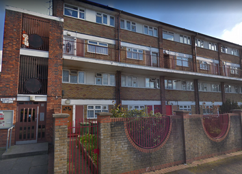 Thumbnail 4 bed flat to rent in Surrey Street, Plaistow