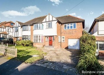 Thumbnail 4 bed property to rent in Grange Crescent, Chigwell