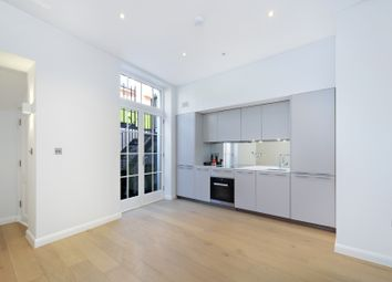 Thumbnail 1 bed flat to rent in Glebe Place, London