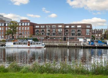 Thumbnail 2 bed flat to rent in High Street, Kingston Upon Thames