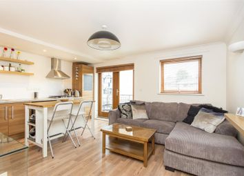 Thumbnail 1 bed flat to rent in George Downing Estate, Cazenove Road, London