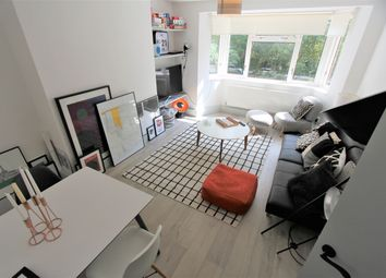 Thumbnail 2 bed flat to rent in Vermont Road, London