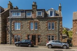 3 bed flat to rent in Thistle Street, Galashiels, Scottish Borders TD1