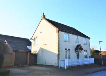 Thumbnail 4 bed detached house for sale in Badgers Gate, Dunstable