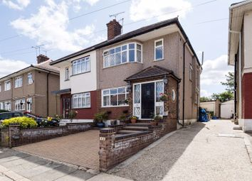 Carter Close, Collier Row, Romford RM5. 4 bed semi-detached house