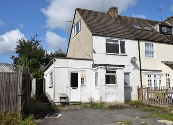 Thumbnail 3 bedroom semi-detached house for sale in Lansdown Road, Chalfont St. Peter, Gerrards Cross