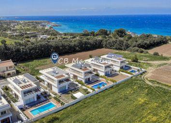 Thumbnail Villa for sale in Ozankoy, Kyrenia, Cyprus