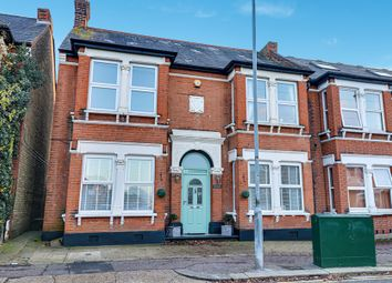 Westborough Road, Westcliff-On-Sea SS0. 2 bed flat