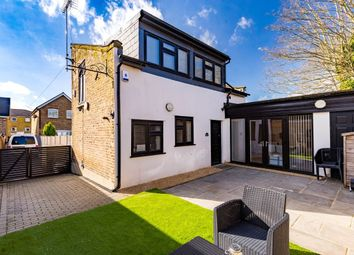 Thumbnail 2 bedroom detached house for sale in Princes Road, Buckhurst Hill