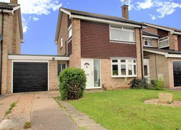 Thumbnail 3 bed detached house for sale in Hine Avenue, Newark
