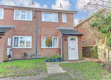 Thumbnail 1 bed terraced house to rent in New Street, Crawley