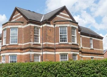 Thumbnail 2 bed flat to rent in Cayton Road, Netherene On The Hill, Coulsdon