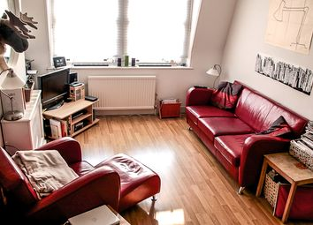 Thumbnail 2 bed flat to rent in Pleasant Place, Islington