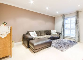Thumbnail 4 bed flat to rent in Gloucester Terrace, Bayswater