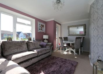 Thumbnail 2 bed flat for sale in Chelwood Avenue, Hatfield, Hertfordshire