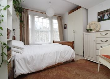 Thumbnail 2 bedroom flat to rent in Coniston Road, Muswell Hill, London