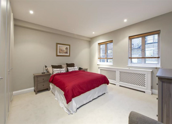 Thumbnail 4 bed flat to rent in Portman Close, Marylebone