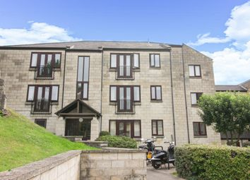 Thumbnail 2 bedroom flat for sale in Kensington Court, Bath