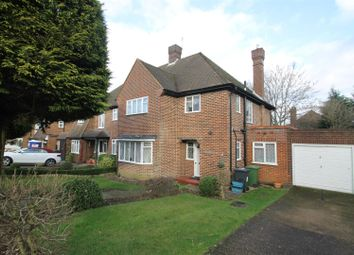 Thumbnail 3 bed property to rent in Brooke Close, Bushey