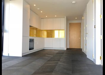 Thumbnail 1 bed flat to rent in 5 Tidemill Square, North Greenwich, London