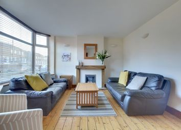 Thumbnail 4 bed town house to rent in Queens Park Road, Brighton