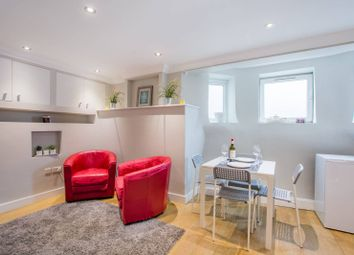 Thumbnail Studio for sale in Colney Hatch Lane, Muswell Hill, London