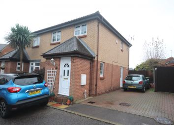 Thumbnail 3 bed property to rent in Chalice Close, Basildon