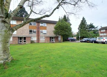 Thumbnail 2 bedroom maisonette for sale in Lima Court, Bath Road, Reading, Berkshire