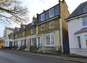 4 bed property for sale in Thames Street, Lower Sunbury TW16