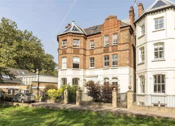 Windmill Drive, London SW4. 2 bed flat