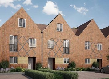 Thumbnail 4 bed town house for sale in Pilots View, Chatham, Kent