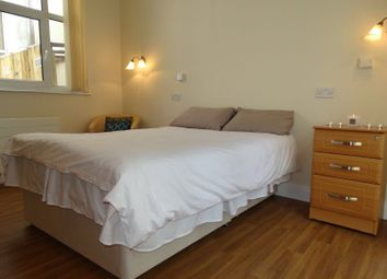 Room to rent in Gloucester Place, Maritime Quarter, Swansea SA1