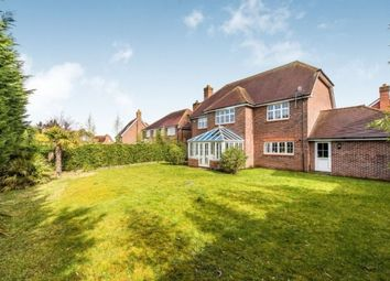 Thumbnail 5 bed detached house to rent in Goddard Close, Guildford