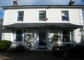 2 bed flat to rent in Kenilworth Road, Leamington Spa CV32