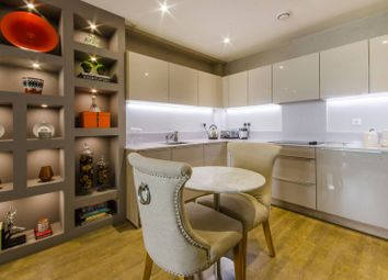 Thumbnail 2 bed flat for sale in Telegraph Avenue, Greenwich
