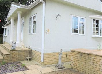 Thumbnail 2 bed mobile/park home for sale in Theobalds Park Road, Enfield, Greater London