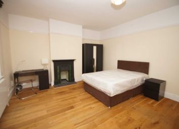 Thumbnail Room to rent in Room 4, Somerset Road, Heaton