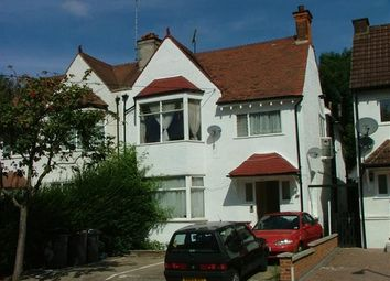 Thumbnail 2 bed flat to rent in Middleton Road, Hampstead Gardens, Golders Green
