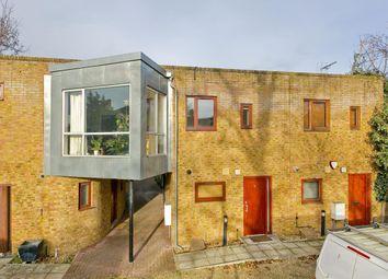 Thumbnail 2 bedroom property to rent in Queensbridge Road, Hackney