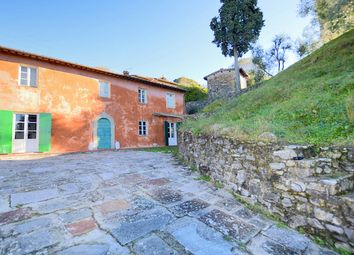 Thumbnail 4 bed farmhouse for sale in Lucca, Lucca (Town), Lucca, Tuscany, Italy