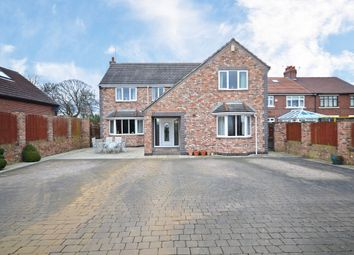 Thumbnail 6 bed detached house for sale in Doncaster Road, Crofton, Wakefield