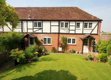 Thumbnail 3 bed cottage for sale in Vicarage Lane, Bovingdon, Hemel Hempstead