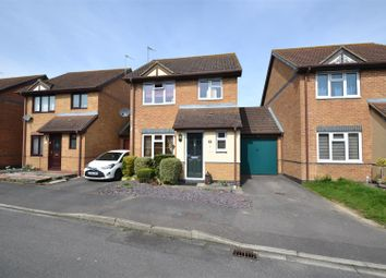 Thumbnail 3 bedroom detached house for sale in Drake Road, Horley