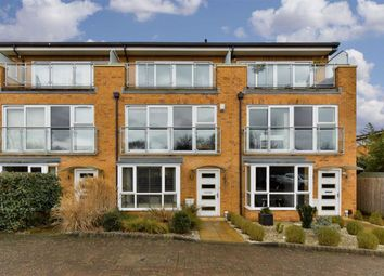 5 bed town house for sale in Barn Elms Close, Worcester Park, Surrey KT4