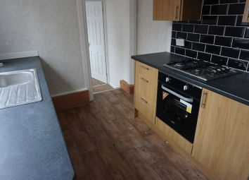 Thumbnail 3 bed flat to rent in Willow Grove, Wallsend