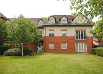 Thumbnail 2 bed flat for sale in Pinewood Avenue, Crowthorne
