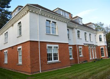 Thumbnail 3 bed flat to rent in Oakwood Avenue, Epsom