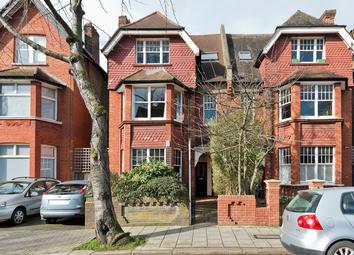 Riggindale Road, Streatham, London SW16. 2 bed flat for sale